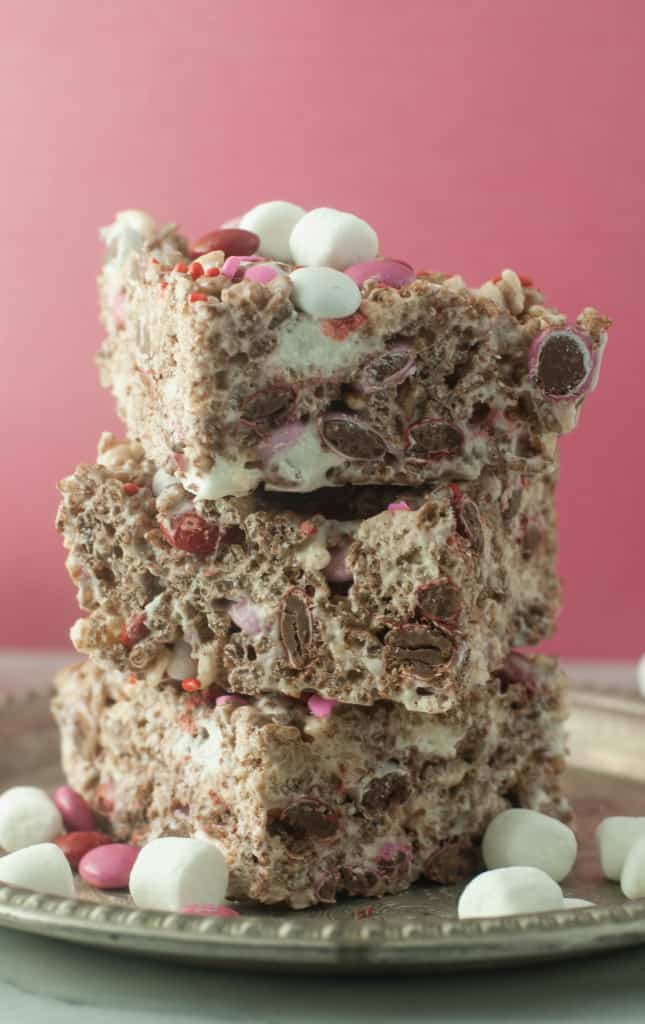 Outrageous Cocoa Krispie Treats with M&Ms for Valentine's Day | itsybitsykitchen.com