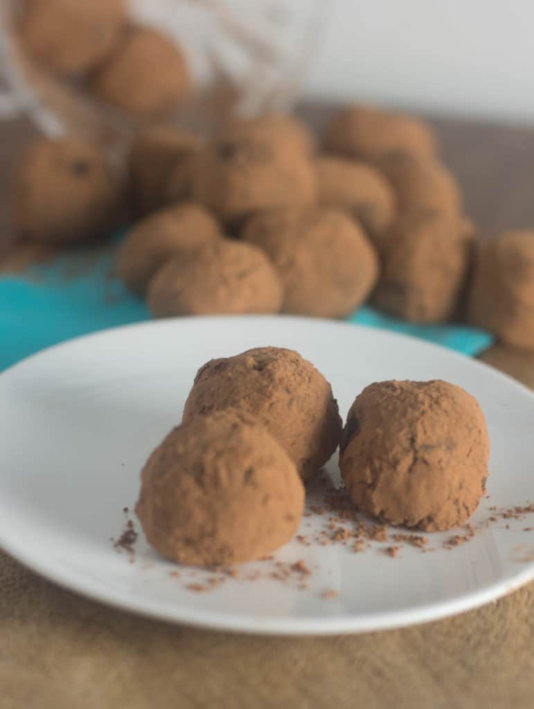 Chai-Spiced Vegan Chocolate Truffles are a decadent no-bake chocolate treat packed with warm spices that just scream out THE HOLIDAYS ARE HERE!