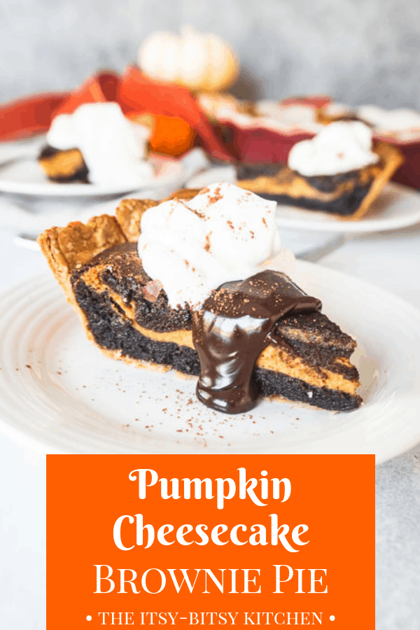 Pumpkin cheesecake brownie pie is the dessert you need when you can't decide between pumpkin pie and CHOCOLATE! recipe via itsybitsykitchen.com #pumpkin #chocolate #Thanksgiving