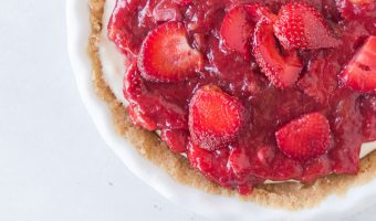Strawberry Rhubarb Cheesecake Pie