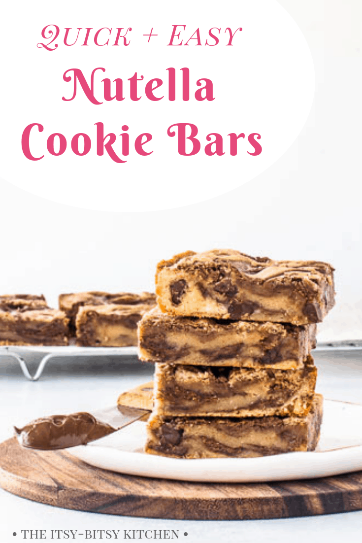 These chocolate chip Nutella cookie bars are ridiculously easy to make and they come together in less than 15 minutes—they're the perfect thing when you want dessert in a hurry! And you don't even need a mixer for this recipe, just a spoon and a bowl! #Nutella #cookiebars