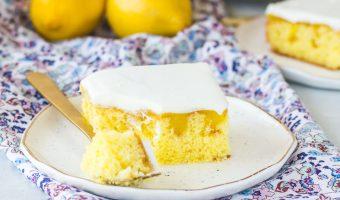 Easy Lemon Poke Cake